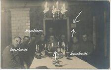 Foto Fliegerei-Piloten/Flugzeugführer/Beobachter usw.im Casino Ort ? 1.WK(i737)