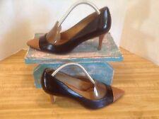 Ann Taylor Leather Cap Toe & Heel Snake Black/Tan Pointy Toe Size 6 M