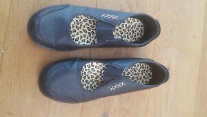 black Mary Jane shoes Sz 9 / EU 43