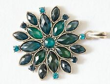 Gorgeous pendant in a star shape with blue stones jewelry on sale !!