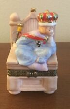 Mary Engelbreit Good To Be Queen Porcelain Trinket Box 1998