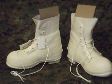NEW 8W Bunny Boots Military Extreme Cold Snow Boots  Waterproof Muck NIB