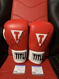 Boxing Signed Gloves Oscar De La Hoya with Certificate of Authenticity PSA DNA