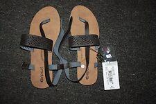 NEW Ripcurl sandals SZ 8 (39eu)