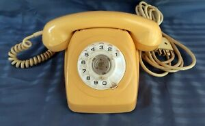 Vintage Retro PMG STC 802 S1/231 Cream Rotary Dial Telephone c1976