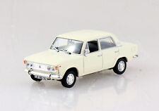 Fiat 125P beige Blister 1:43 Altaya Modellauto