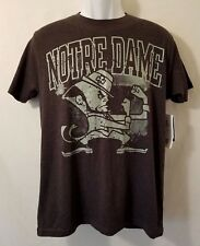 NWT Notre Dame Mens Medium NCAA Fighting Irish S/S Gray T-Shirt Graphic Tee