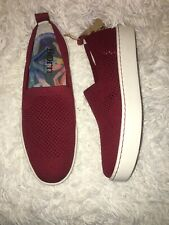 BORN SOLSTICE Breathable Fabric Slip On Sneakers Shoes Scarlet  sz 11 M NEW