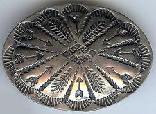 VINTAGE NAVAJO INDIAN STAMPED ARROWS SILVER PIN BROOCH