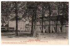 CPA 49 - SAINT-SYLVAIN (Maine et Loire). 84. Place de l'Hôtel de Ville - Lemée