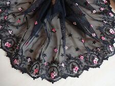 Elastische bestickte  Spitze aus St Gallen in schwarz mit rosa 22cm breit