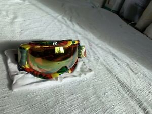 electric snowboarding goggles