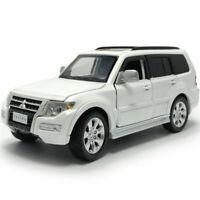 1:32 Mitsubishi Pajero SUV Die Cast Modellauto Spielzeug Model Sammlung Weiß