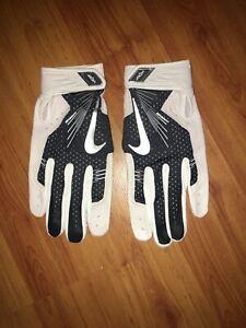 BRAND NEW Baseball Nike Elite Vapor Hyperfuse Batting Gloves Extra Large XL