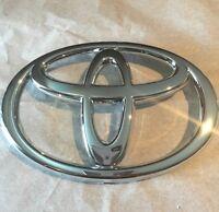 Genuine Toyota Echo 2003 2004 2005 Front Grill Emblema Oem 75301-52020