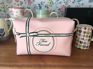 ●✿ TOO FACED ●✿ VANITY COSMETIC MAKEUP MAKE UP CASE PURSE BAG ●✿ Perfume