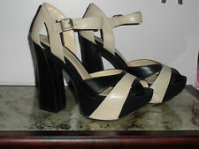 Report Shoes Size 10 B Nude and Black 5 Inch Heels
