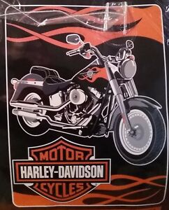 HARLEY DAVIDSON MOTORCYCLE SHIELD PLUSH BLANKET - WARM  FUZZY SOFT 60 X 80 NEW