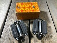 HERO CYCLE INDUSTRIES VINTAGE BIKE BICYCLE PEDALS SPECIAL 1/2 THREADS NOS NIB