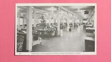 UNUSED!! RPPC Post Card of the Officer Candidate's  Lounge at Ft Trumbull-Conn