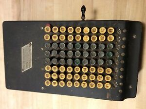 Vintage 1920'S Comptometer Shoebox Felt & Tarrant  Adding-Calculator Machine