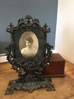 RARE! Antique Victorian Ornate Cast Iron Vanity Photo Frame Stand w/ Lady Photo