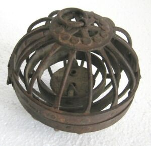 Iron gyroscopic ship oil lamp riveted