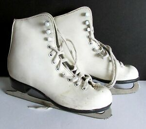 ICE SKATES Girl's Pre Owned Figure Skating White Faux Leather FREE SH