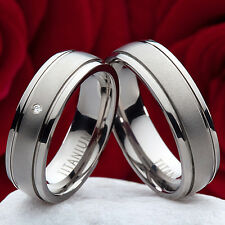 Damenring aus Edelstahl mit umlaufenden Zirkonias Ring Gravur Etui P079D
