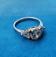 STERLING SILVER ENGAGEMENT RING SIZE 7.