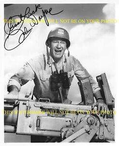 JOHN WAYNE THE DUKE SIGNED AUTOGRAPH 8x10 RP PHOTO WITH BIG GUN