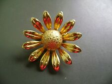 """VINTAGE GOLDTONE SMOOTH AND TEXTURED """"SUN FLOWER"""" BROOCH"""
