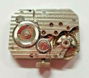 Hamilton 401 Rectangle Wrist Watch Movement 19 Jewels RARE **HAS BEEN SERVICED**