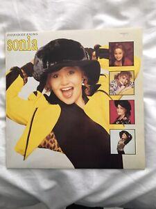 Sonia Vinyl Album everybody knows