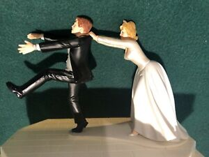 """Wilton Wedding Cake Topper """"Run Away Groom"""" - """"Oh No You Don't"""" Dated 2010 NICE!"""