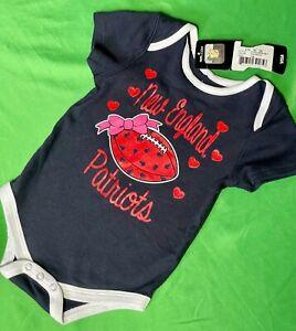 B601/80 NFL New England Patriots Girls' Baby Grow Bodysuit 3-6 months NWT