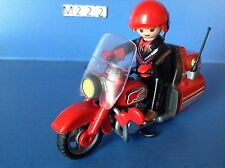 (M222) playmobil moto type goldwine rouge rider ref 3062