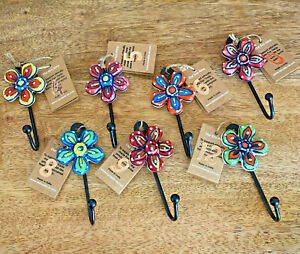 Hand Painted Ceramic Daisy Flower Coat Hook Coathooks Towel Hanger 7 x 12 x 3cm