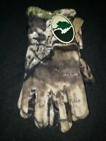 New With Tags!!! Mossy Oak Camouflage Camo Hunting Gloves.  One Size Fits Most