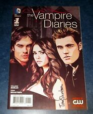 the VAMPIRE DIARIES 1 signed 1st print DC COMICS 2014 TONY SHASTEEN artist CW TV