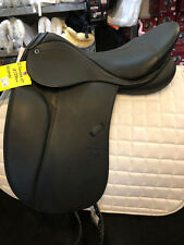 NEW Stubben D Genesis NT Dressage Saddle Deluxe w/Biomex Seat 18/28cm