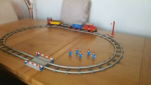 LEGO 7720 Diesel Freight Train 1980s Battery powered LEGO Train incomplete