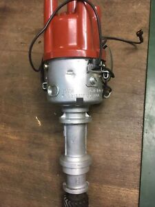 Ein Bosch Zündervteiler Sabb 95,96 Mot. V4 Ford NEU 0 231 170 182.🇸🇪🚗.