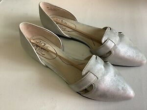 LifeStride Womens Quinta Silver Size 7M Pointed Toe D'orsay Comfort Flats Glam
