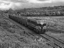 PHOTO  1988 SHALE TRAIN AT KILMASTULLA CIE 141 CLASS LOCOMOTIVE NO. 151 BRINGS L