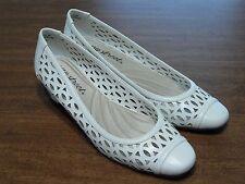 Easy Street Women Shoe Chloe Cut Out Mid Heel Pumps White Faux Leather 7 1/2 M