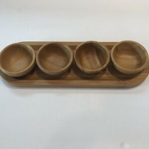 The Pampered Chef Bamboo Wood Cracker Tray With 4 Dip Bowls Set