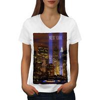 Wellcoda New York City Life Womens V-Neck T-shirt, Urban Art Graphic Design Tee