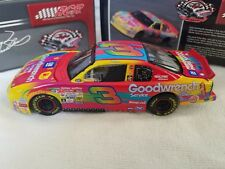 Action RCR Museum Dale Earnhardt #3 Goodwrench  Peter Max 2000 Monte Carlo 1:32