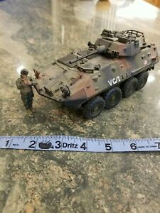 Forces of Valor U.S Light Armoured Vehicle LAV-25 Tank Unimax 2004 w Soldier
